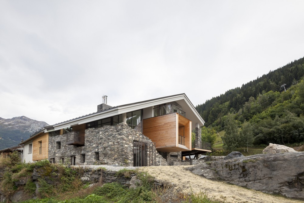 Mineral Lodge / Atelier dArchitecture Christian Girard
