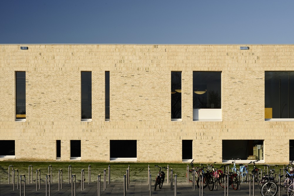Scherpenzeel Multifuntional Complex / Koppert + Koenis Architects