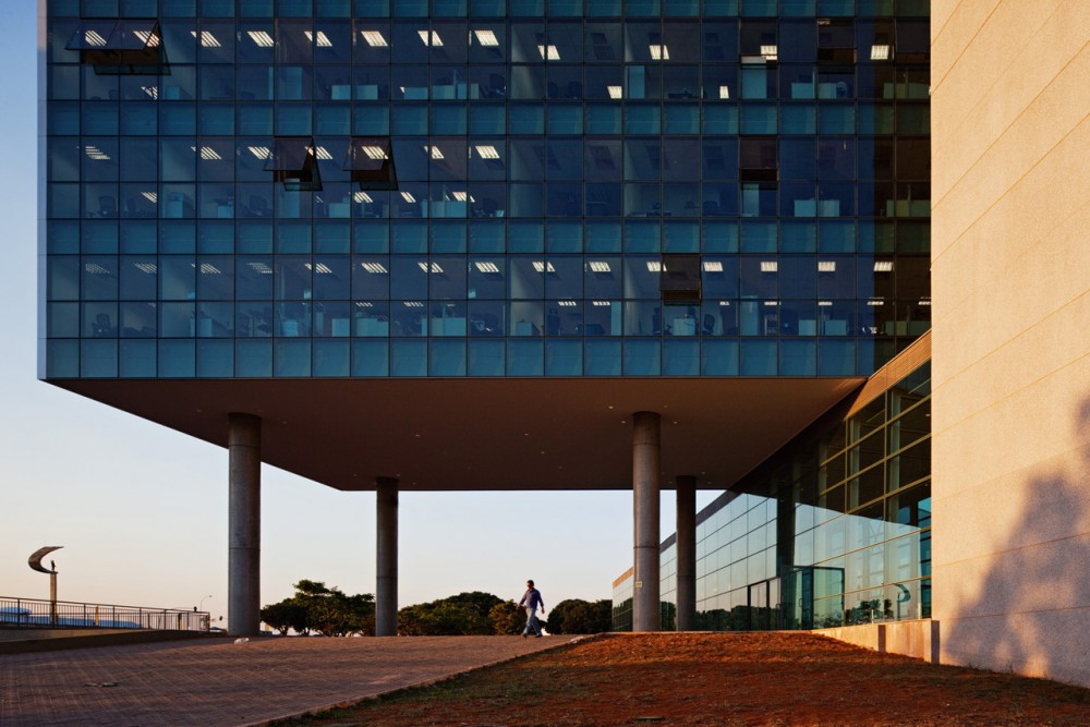 Legislative Chamber of the Federal Distric / Projeto Paulista Arquitetura