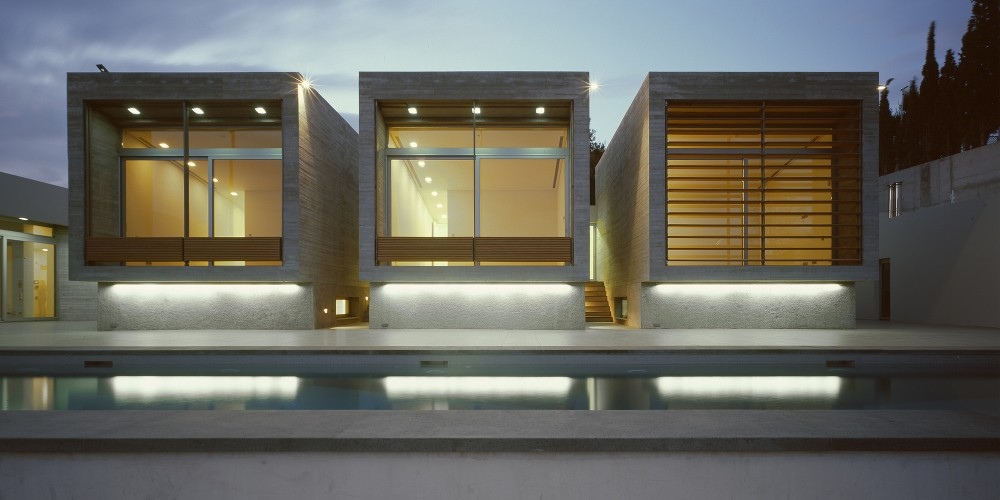 Kavouri Residences / Kokkinou-Kourkoulas Architects