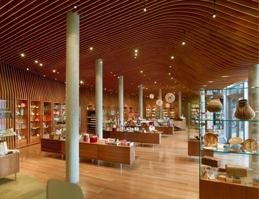 Crystal Bridges Museum Store / Marlon Blackwell Architect © Timothy Hursley