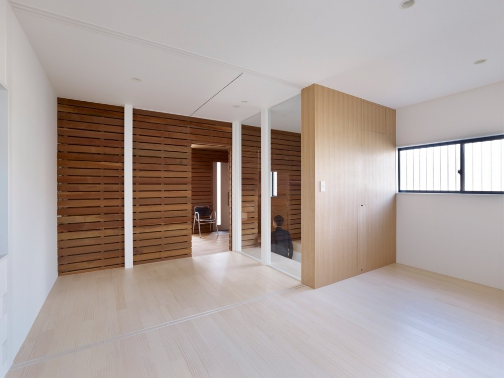 Switch Box in House / Naf Architect &#038; Design
