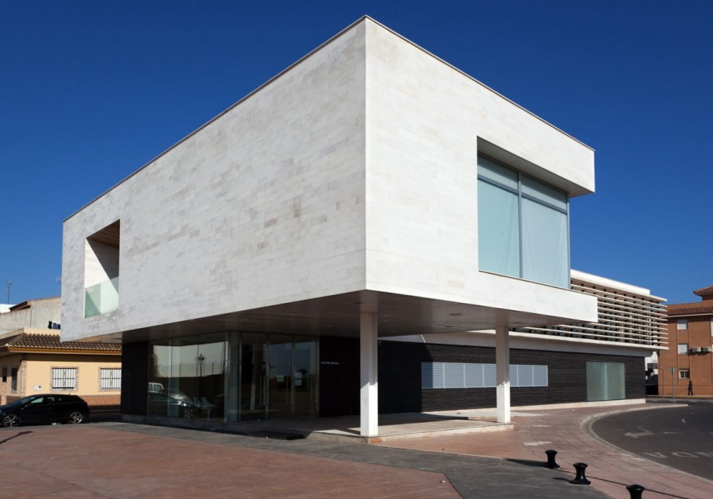 Social Center / Vctor Garca Martnez Arquitecto