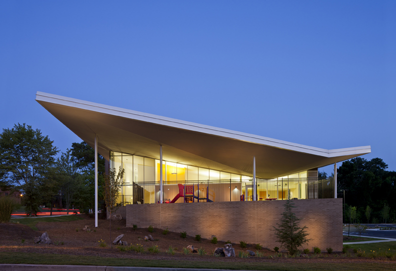 Adamsville Regional Health Center / Stanley Beaman & Sears