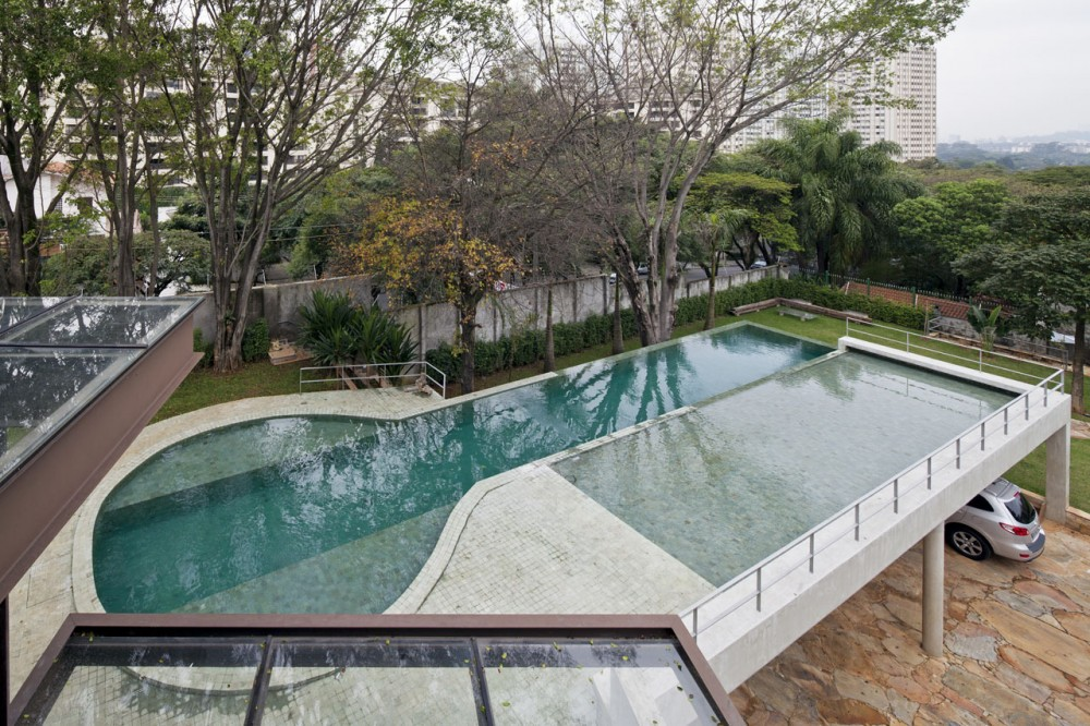 AM House / Drucker Arquitetura