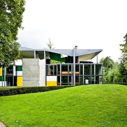 http://ad009cdnb.archdaily.net/wp-content/uploads/2013/01/50fc6524b3fc4b068c000062_ad-classics-centre-le-corbusier-heidi-weber-museum-le-corbusier_le-corbusier-switzerland-zurich-heidi-weber-pavilion-01-samuel-500x500.jpg
