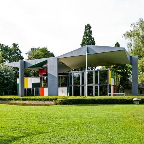 http://ad009cdnb.archdaily.net/wp-content/uploads/2013/01/50fc652eb3fc4b068c000067_ad-classics-centre-le-corbusier-heidi-weber-museum-le-corbusier_le-corbusier-switzerland-zurich-heidi-weber-pavilion-06-samuel-500x500.jpg