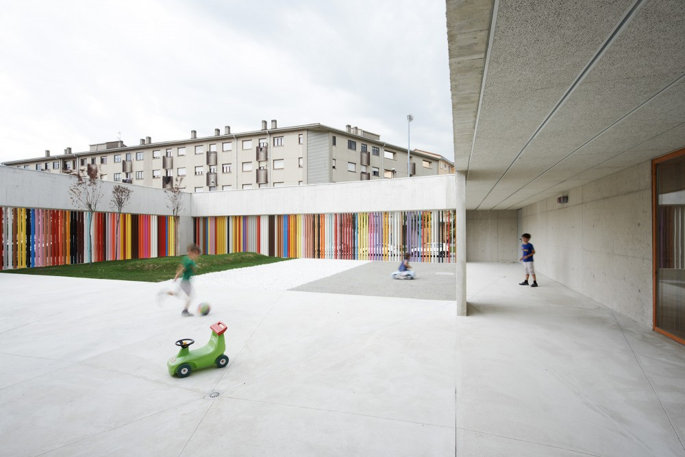 Nursery School in Berriozar / Javier Larraz + Iigo Beguiristain + Iaki Bergera