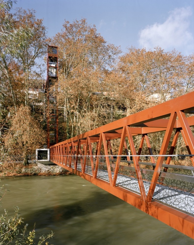 Limmat Footbridge and Promenade Lift / Leuppi &#038; Schafroth Architekten