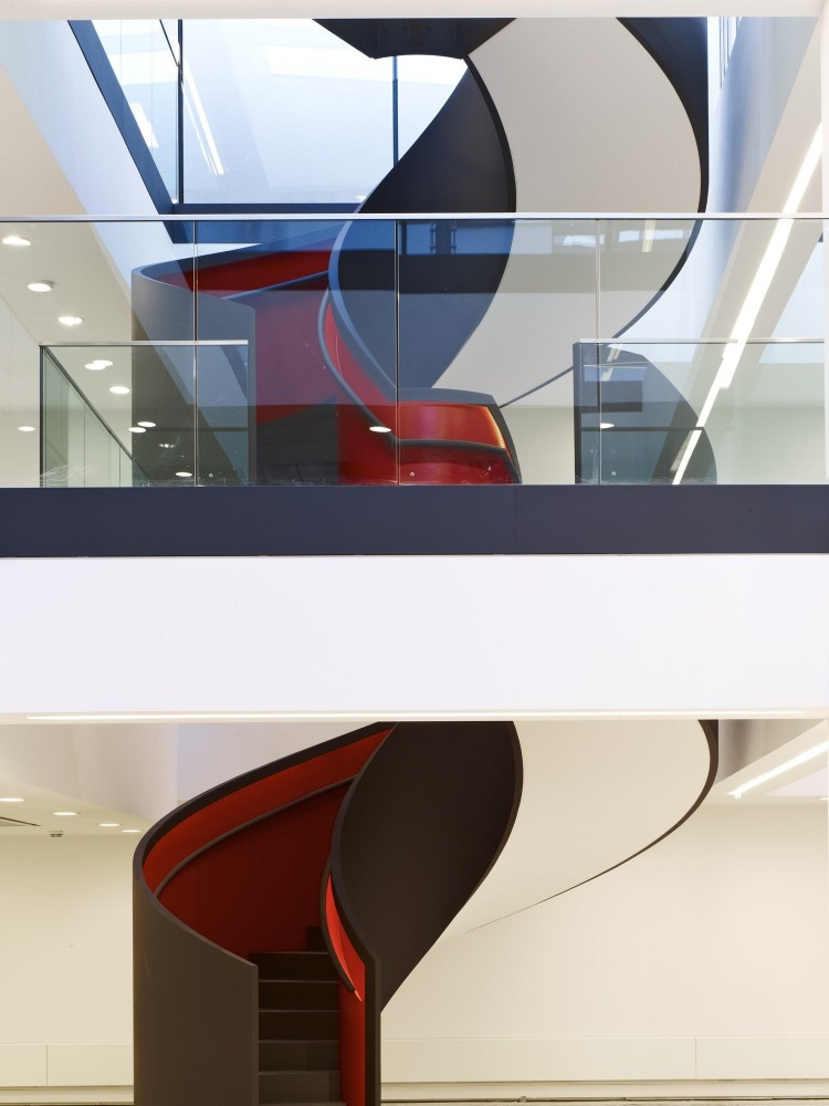 Kurt Geiger Headquarters Building / Archer Architects