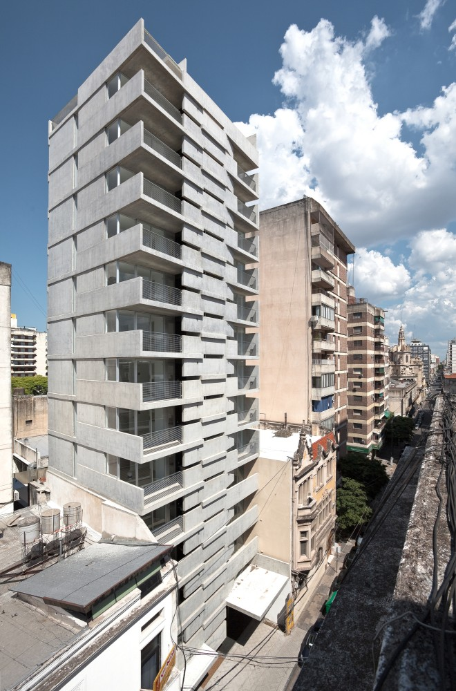 Maipu Building / Nicols Campodonico