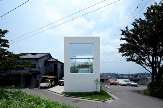 House in Hiyoshi / EANA  Koichi Torimura