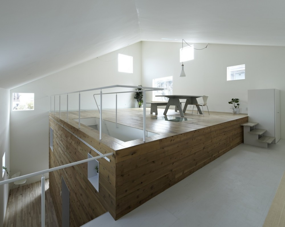 House in Shimoda-Chou / EANA