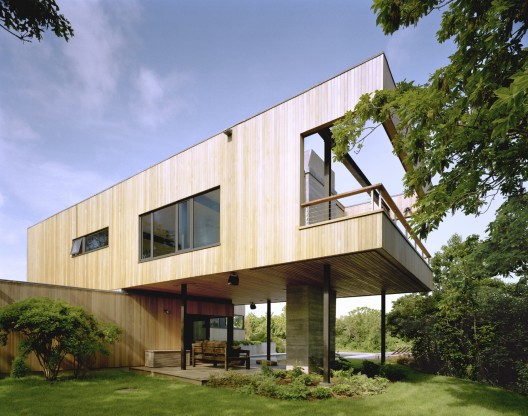 Bluff House / Robert Young © Michael Moran