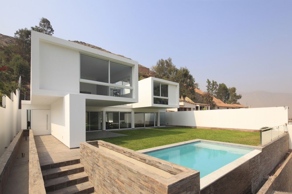 Golf House / Seinfeld Arquitectos