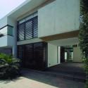 Casa Patio / Seinfeld Arquitectos © Juan Solano