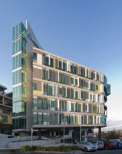 Olivia Newton-John Cancer and Wellness Centre / Jackson Architecture + © Dianna Snape, Tony Miller & Martin Saunders