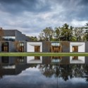 Lakewood Garden Mausoleum / HGA  Paul Crosby