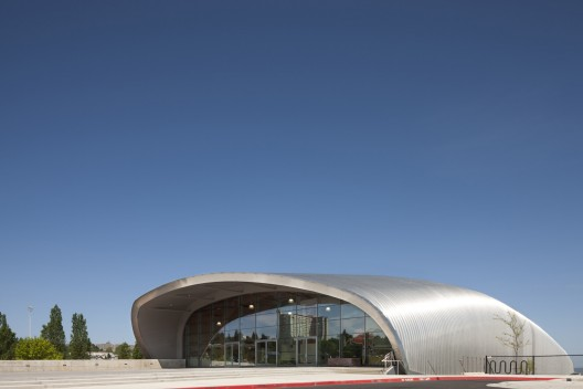 LeMay Museum / LARGE Architecture | ArchDaily