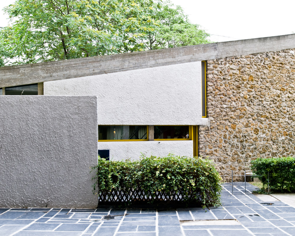 AD Classics: Maison du Bresil / Le Corbusier