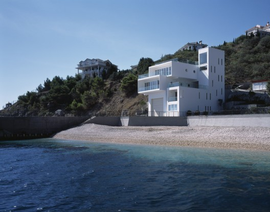 Yacht House / Robin Monotti Architects  Ioana Marinescu