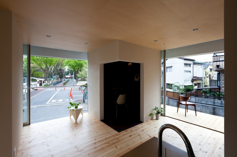 HAT / Komada Architects' Office