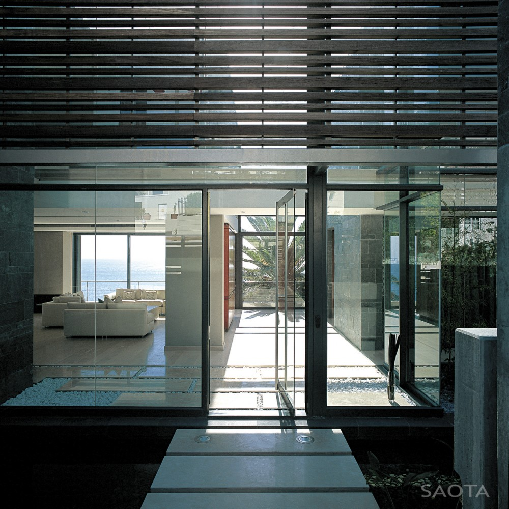 طراحی ویلای مینیمال لئون