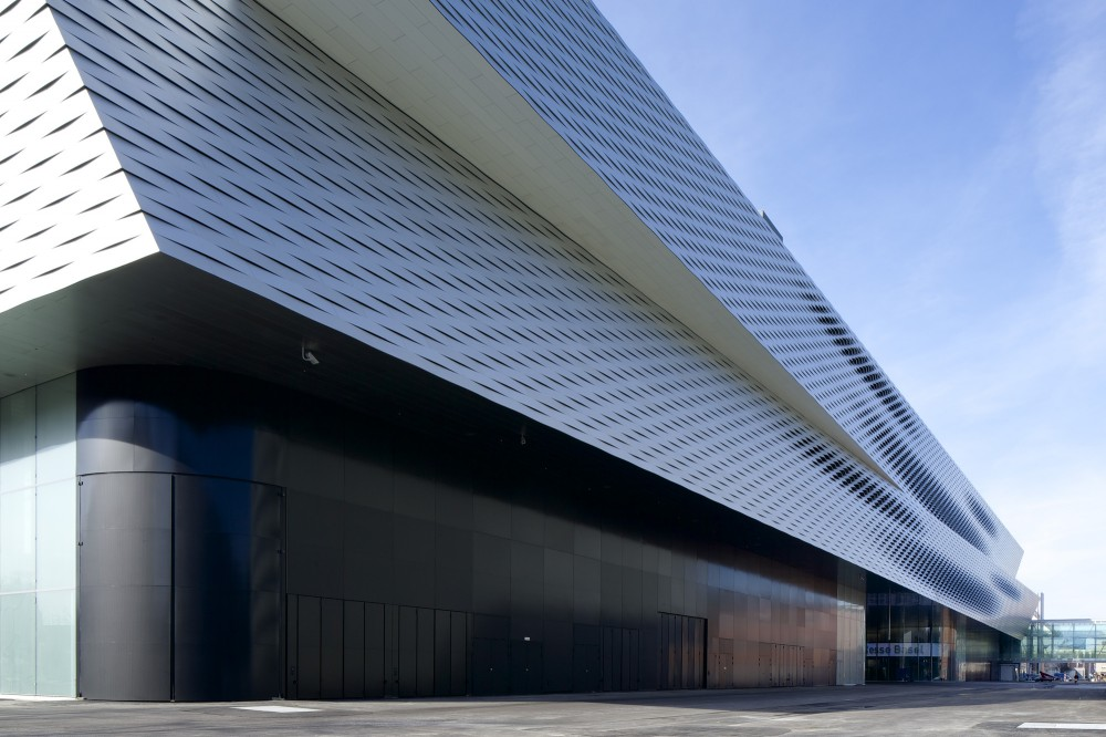 Messe Basel New Hall / Herzog & de Meuron