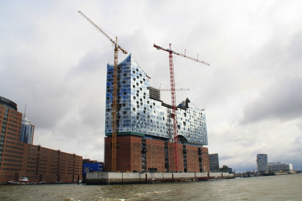 Herzog & de Meuron's Elbphilharmonie to be Completed by 2017