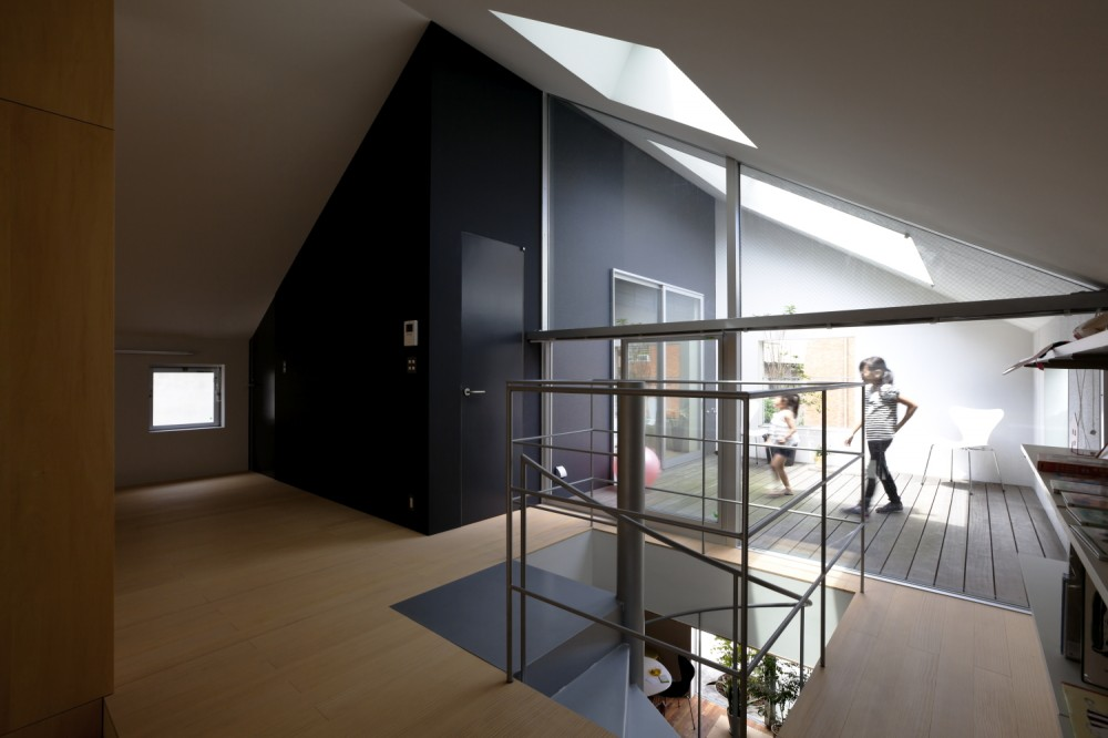 RIBBON / Komada Architects' Office