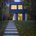 Cantilever Lake House / Birdseye Design © Westphalen Photography