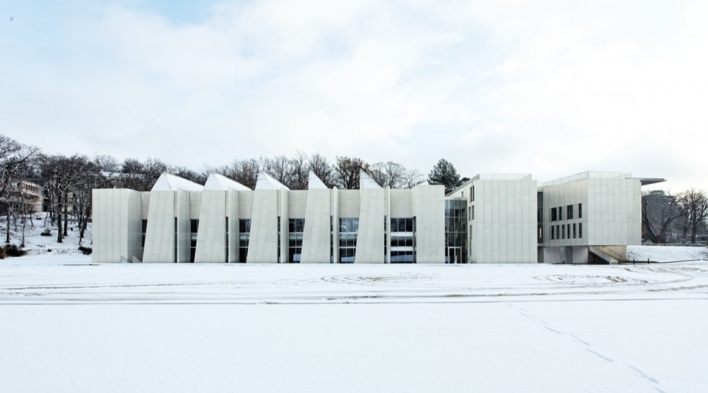 University Of Versailles Science Library / Badia Berger Architectes