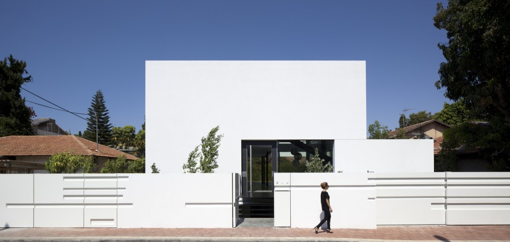 Ramat Gan House 2 / Pitsou Kedem Architects
