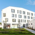 Transition Centre of 24 housing in Rambouillet / Benjamin Fleury © David Boureau