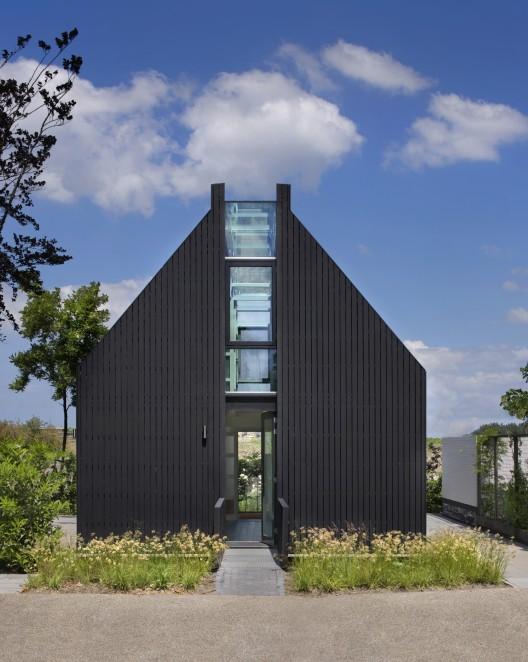the invitation van rooijen architecten. Black Bedroom Furniture Sets. Home Design Ideas