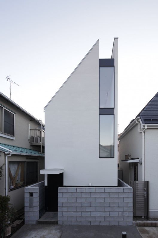 St House By Panda Architects Living Small In Japan