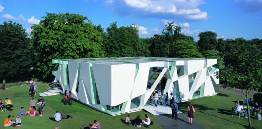 Serpentine Gallery Pavilion 2002 / Toyo Ito + Cecil Balmond + Arup  Sylvain Deleu