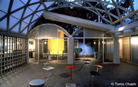 AD Classics: Silver Hut / Toyo Ito  Tomio Ohashi. Courtesy of Toyo Ito &amp; Associates