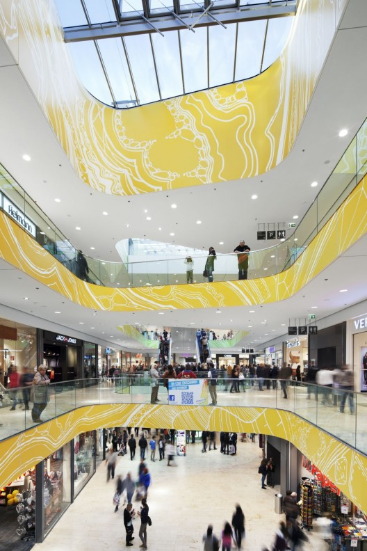 http://ad009cdnb.archdaily.net/wp-content/uploads/2013/03/51527162b3fc4bd066000040_kulturbau-and-mall-benthem-crouwel-architects_118_jk011012-528x792.jpg