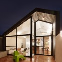 Fitzroy North House / Nic Owen Architects © Rhiannon Slatter