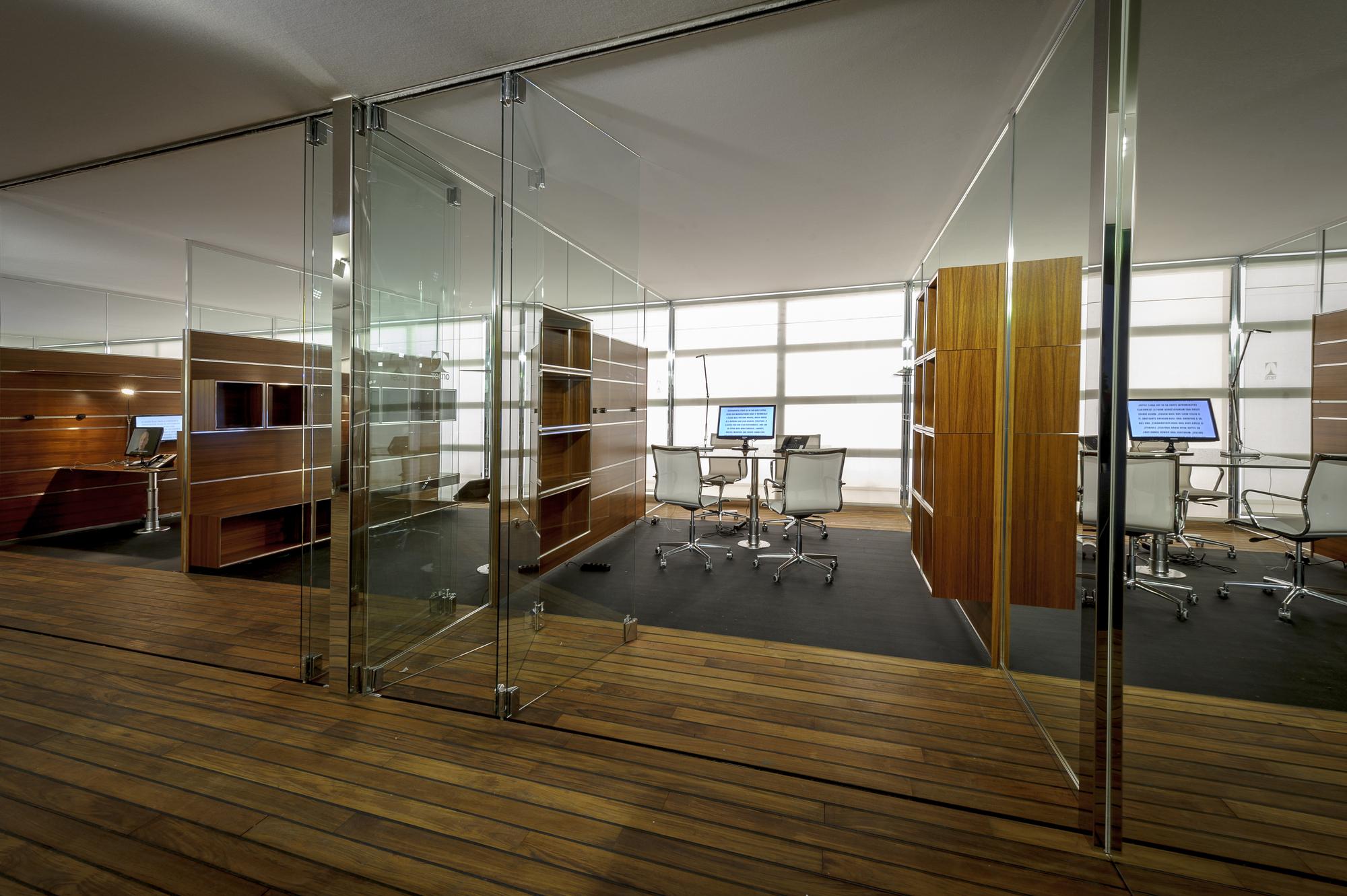 Office for living jean nouvel speculation pinterest for Jean nouvel design