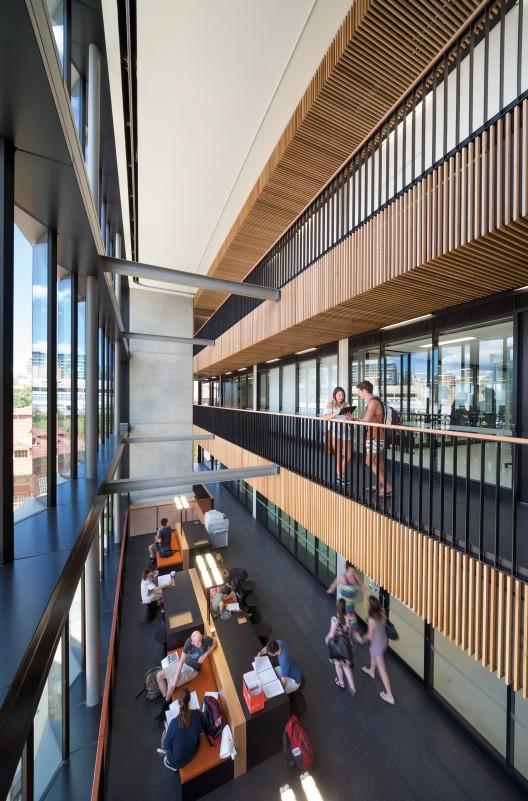 The braggs bvn architecture arquitectura for Architecture adelaide uni