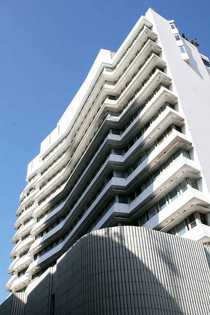 Architecture City Guide: Beirut 51853a2bb3fc4be35b000080 architecture city guide beirut fransabank hq alvar aalto