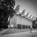 UCSD: A Built History of Modernism Gymnasium © Darren Bradley