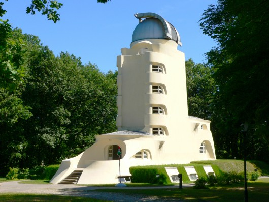 AD Classics: The Einstein Tower / Erich Mendelsohn Photo by R. Arlt via via www.aip.de