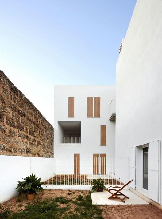 Social housing in sa pobla ripolltizon arquitectos - Arquitectos mallorca ...