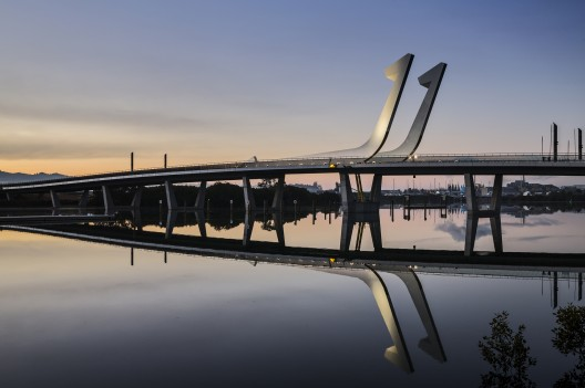 طراحی پل متحرک Hatea
