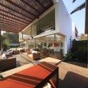 Cachalotes House / Oscar Gonzalez Moix © Juan Solano Ojasi