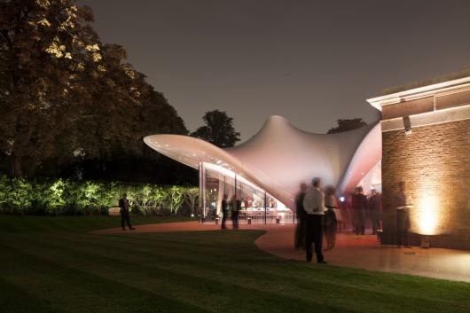 معماری گالری زاها حدید