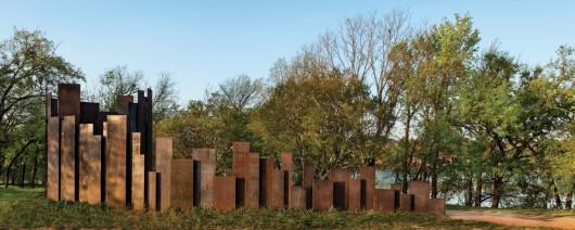 Trail Restroom / Miro Rivera Architects
